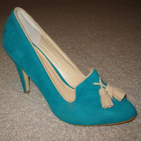 Shoe Dazzle Kathey Tassel Detail Heels Size 8.5 This is a pair of Shoe Dazzle Kathey heels in size 8.5. These have a 4 inch heel and tassel detail on the front. Exterior has a suede feel to it. These are in great condition and only were worn once. Shoe Dazzle Shoes Heels
