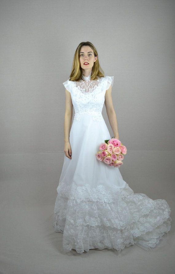 Best 25 1970s wedding ideas on pinterest 1970s wedding for 70s style wedding dress