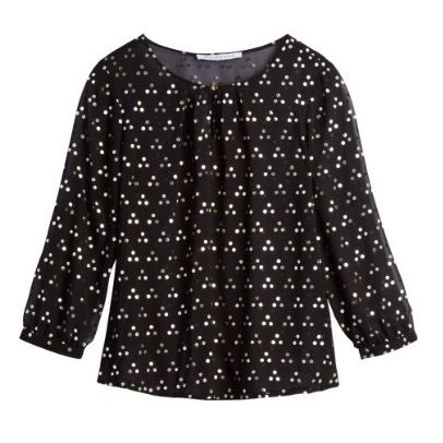 Amanda: I love that this is not your standard black and white top, but black and gold. Makes for interesting detail. Collective Concepts Turan Keyhole Front Blouse