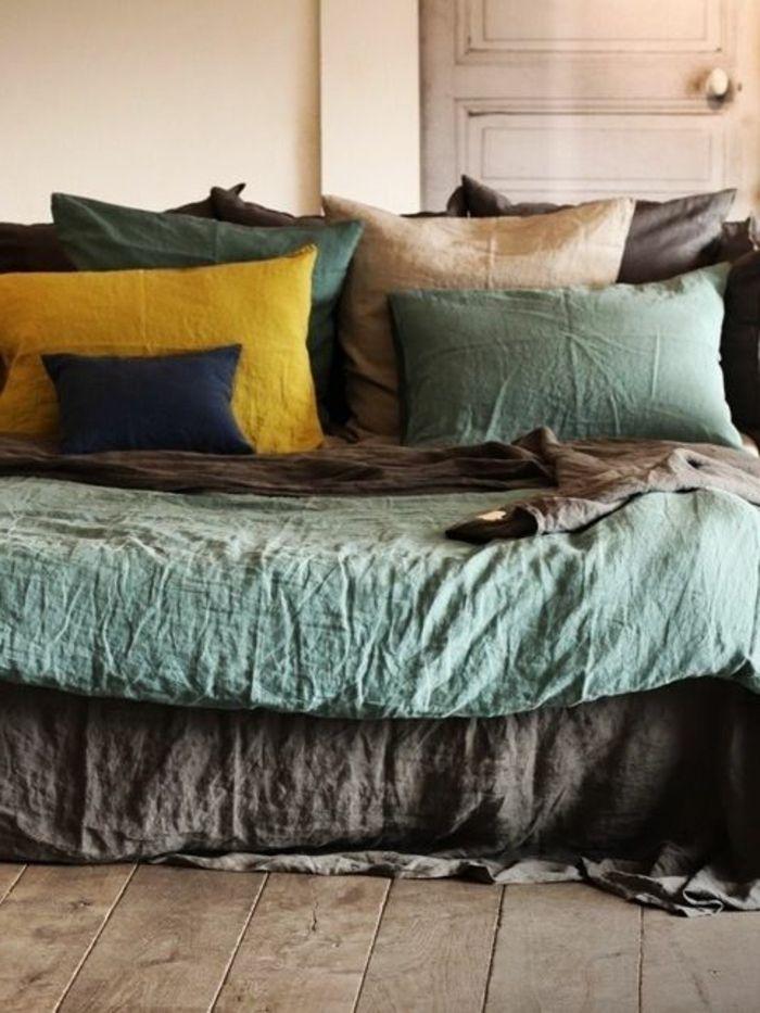 linge lit lin lavé, différentes couleurs pour la chambre à coucher