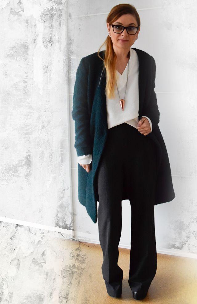 die EDELFABRIK | Mein Ü40 Blog für Mode und Beauty: Clean Chic - Wie kombiniere ich ein weite Hose - Outfit