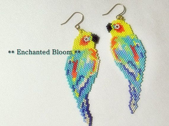Tropical Bird Earrings  #tropical #parrot #Seedbead #Delica #delicabeads #Japanesebead #colorful #stitch