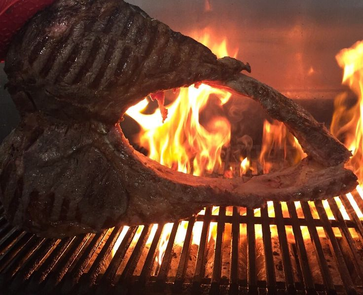Thomahawk steak at Recipe Restaurant 4.5 kg