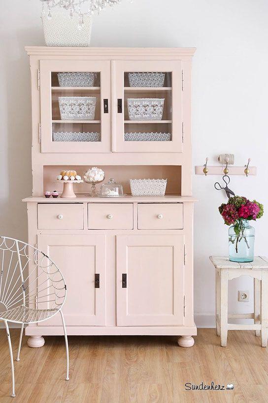 best 25 shabby chic buffet ideas on pinterest shabby chic sideboard shabby chic decor and. Black Bedroom Furniture Sets. Home Design Ideas