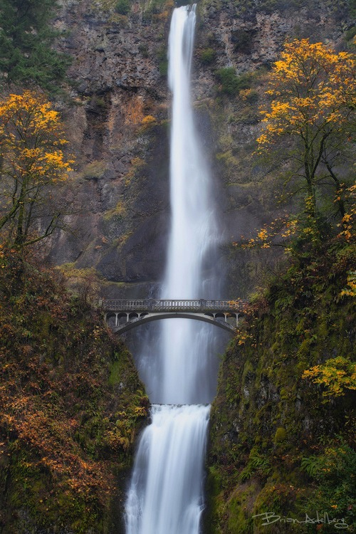 Multnomah Falls / Oregon. I have been to this exact spot. It