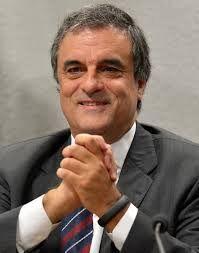 Folha do Sul - Blog do Paulão no ar desde 15/4/2012: Cardozo não vê, mas corrupção já rodeia Dilma