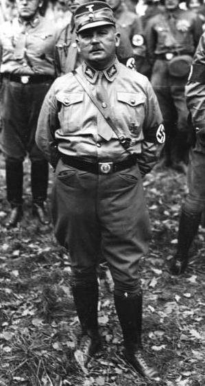 Regierungssturz in Bayern!  Hauptmann Röhm der Stabschef der S.A. wurde zum Kommissar zur besonderen Verwendung in Bayern ernannt.  Hauptmann Röhm mit Adjudant