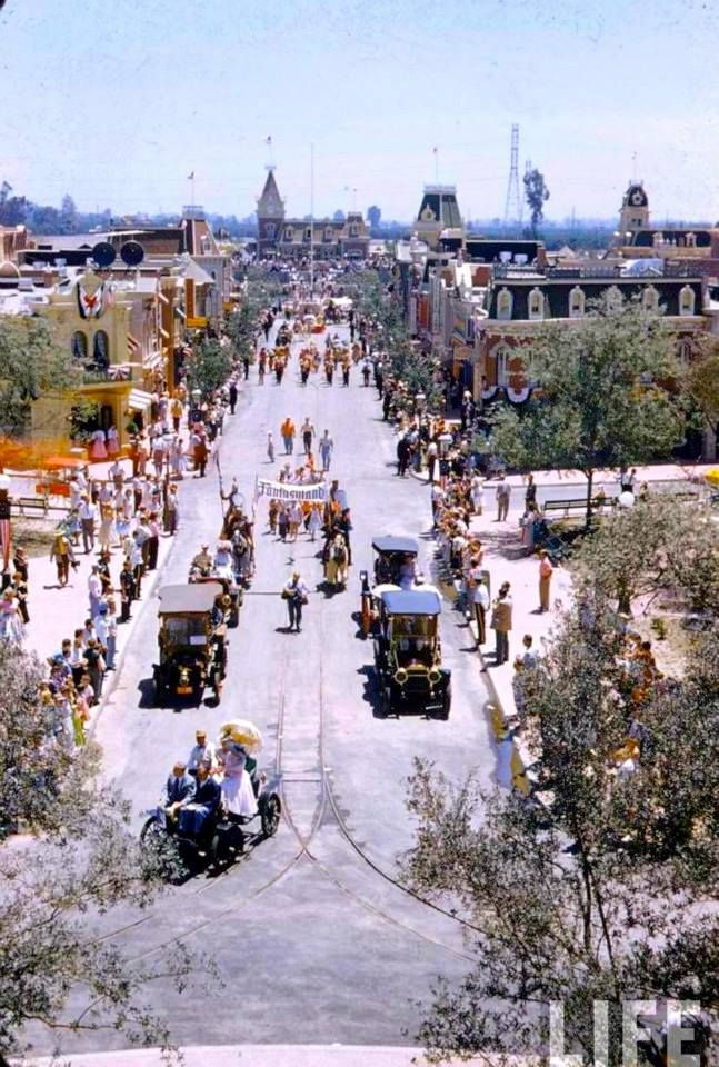 Opening day at Disneyland – July 17th, 1955. This is a shot taken from the Sleeping Beauty Castle looking down along Main Street.