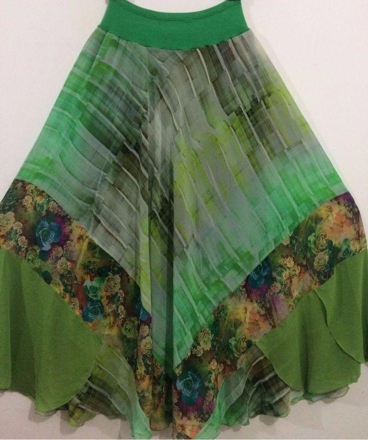 Saia longa verde esmeralda