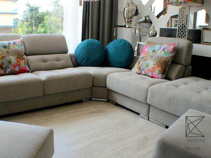 Os dias de preguiça pedem bons sofás! Os nossos além de bons são lindos! Venha conhecer as diversas opções de sofás que temos e apaixone-se!  Talento Úniko Decor. Colinas do Cruzeiro, Odivelas.  #decor #design #arquitetura #homedecor #interiordesign #home #decoration #designdeinteriores #inspiração #interiores #casa #arte #decoracao #inspiration  #style #instadesign #detalhes #art #estilo #homedesign #instahome #love #luxo #talentounikodecor #colinasdocruzeiro