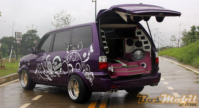 Modifikasi Toyota Kijang SQL : Konsep Audio Visual