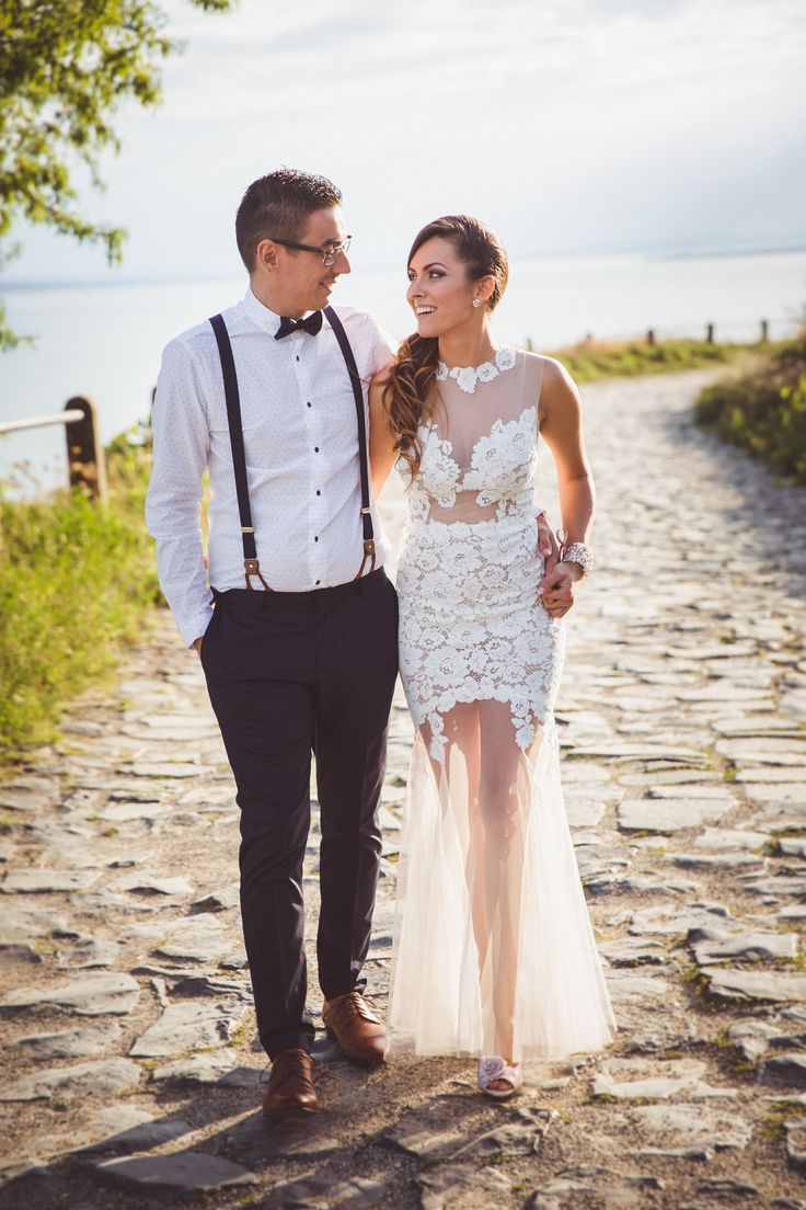 Ágnes looked stunning in her custom made Daalarna lace gown