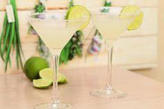 Neues aus dem Bereich Getränke aus dem Thermomix. Eine Margarita ist super-schnell und einfach zu machen. Alle Zutaten auf einmal rein, mixen - fertig.