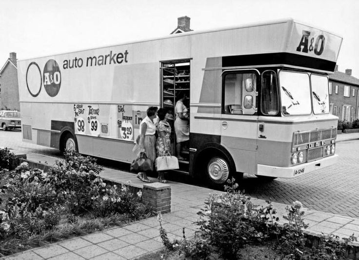 A en O rijdende supermarkt
