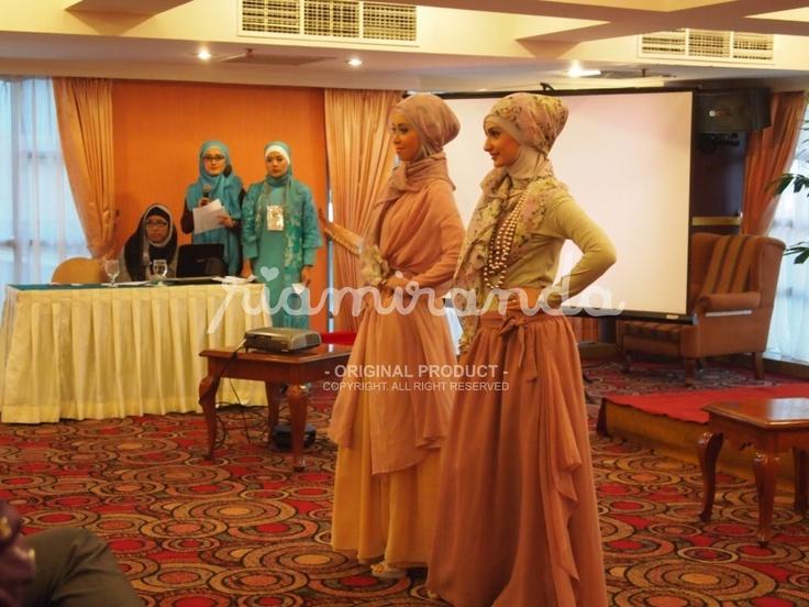 beautifull dress hijab