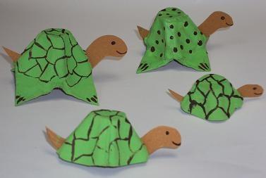 Animales con cartones de huevo