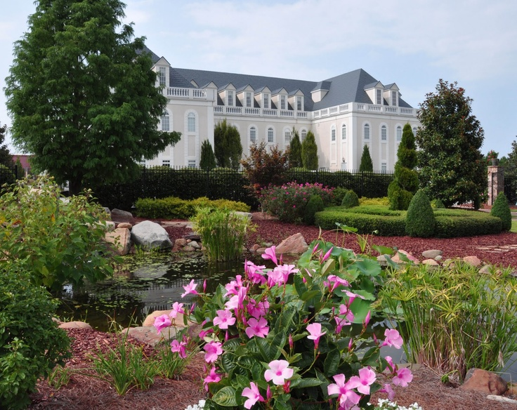 The Halls And Gardens At Landmark In Garner Nc Garner Nc A Great Place To Be Pinterest