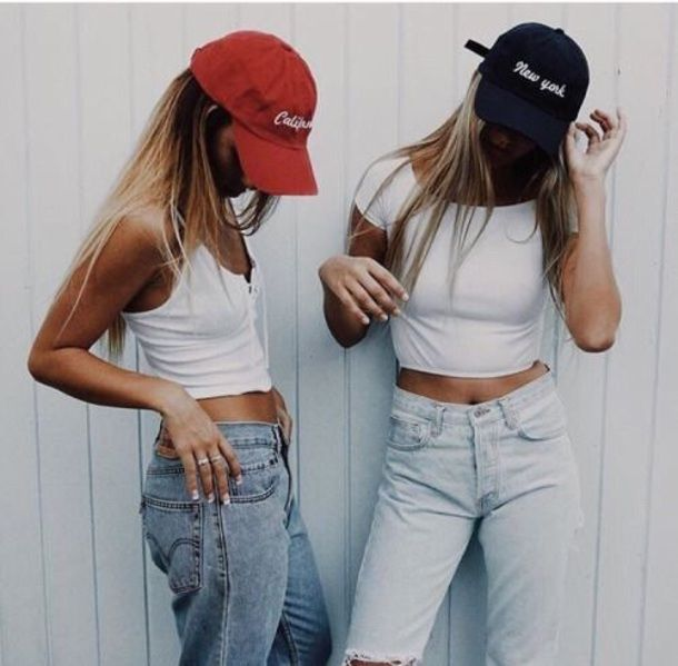 $30 - $90 Cute Light Wash High Rise High Waisted Denim Jeans Casual Simple Minimalist White Crop Tops And Black And Red White Logo Baseball Cap Friends Summer Tumblr