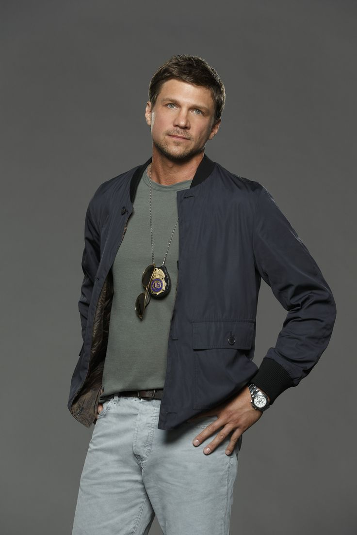 Boyish but rough around the edges character, Sam Fields (actor marc blucas)