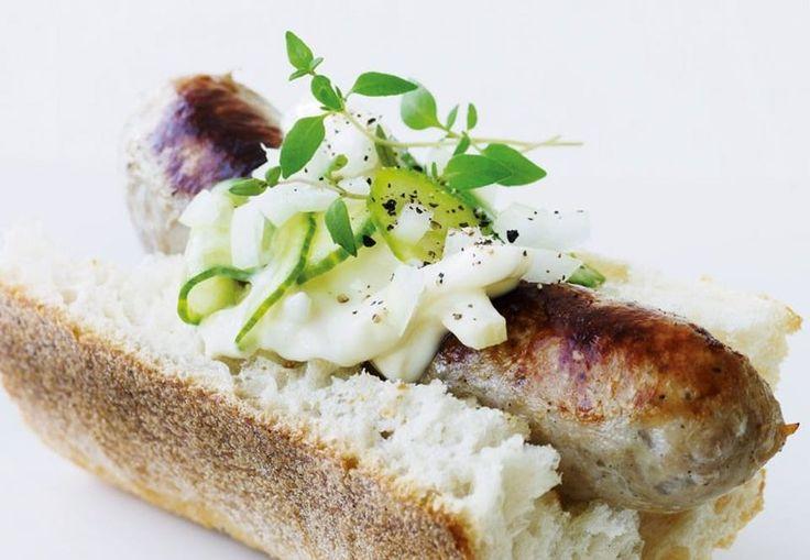 Hotdog de luxe   Nemt og godt - i verdens bedste hotdog skal råvarerne være i orden!