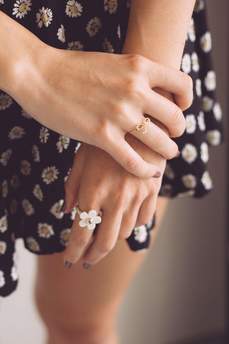 Autumn/Winter 2014 Issue | Pinch & Fold #jewellery #pinchandfold #jewelry #lookbook #design #fashion #sterlingsilver #midi #daisy #bow