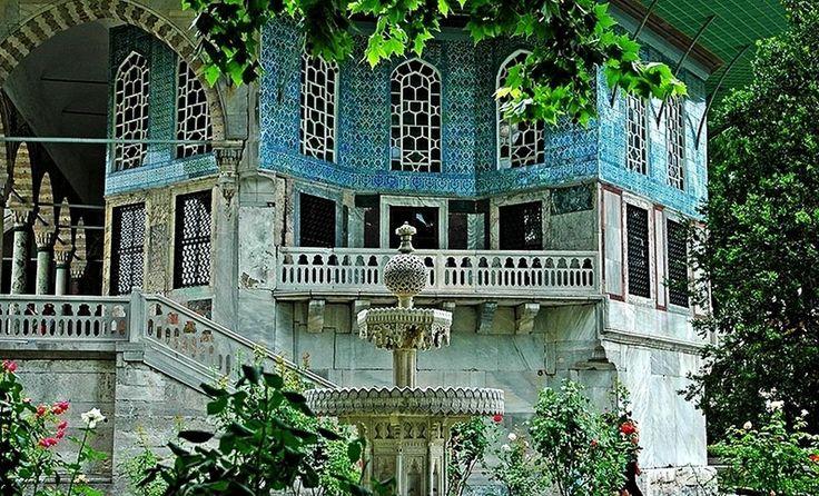 Pałac Sulejmana Wspaniałego - niezwykła historia Hürem i sułtana w Topkapi. Wspaniałe stulecie