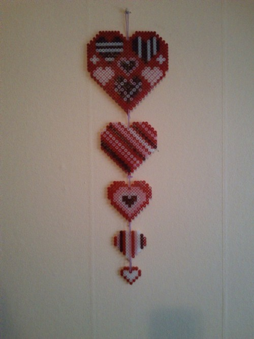 Hearts hama perler by  Gealachs Blog