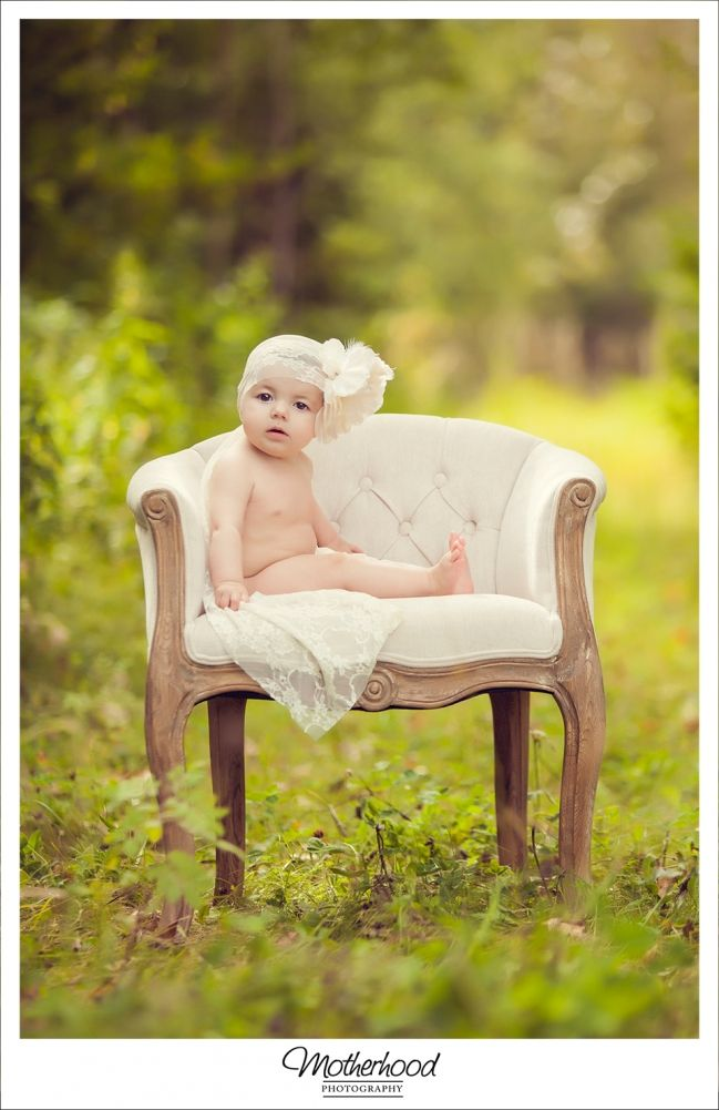 6 Month - Baby & Toddler Photography - Motherhood Photography