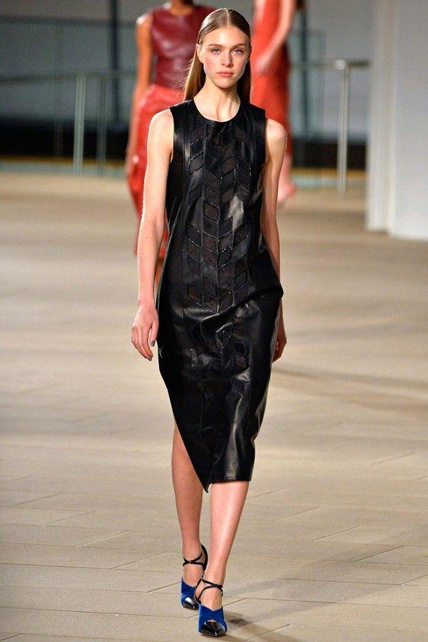 Черные кожаные платья, новые коллекции на Wikimax.ru Новинки уже доступныhttps://wikimax.ru/category/chernye-kozhanye-platya-otc-34493