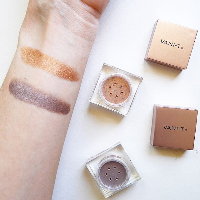 I am in love with these loose mineral eyeshadows from Vani-T! They are so pigmented, and so long-lasting. And they are made by a south Aussie brand that is cruelty-free and full of natural and organic ingredients - yay! From top to bottom, these colours are Bronze Fine and Moonstone.  I have an extra special offer for all my followers today: get $20 off and free delivery when you spend $75 or more at www.vani-t.com using the code GWBLOG16 at checkout. Be quick, this offer expires on 15th…