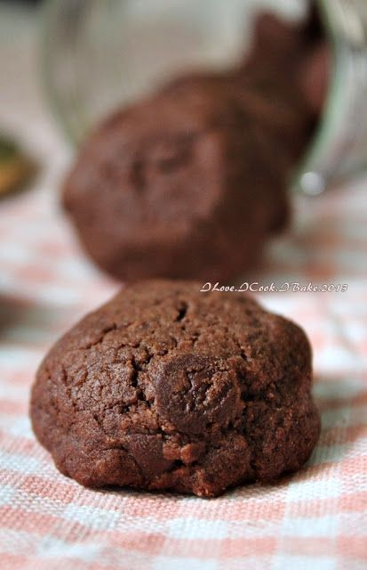 Famous Amos Double Chocolate Chips Cookies | I love, I Cook, I Bake