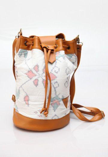 Manikan Bucket Bag, Ikat Bucket Bag