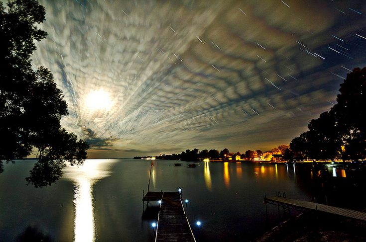 Pintando céus utilizando a técnica fotográfica de lapso do tempo