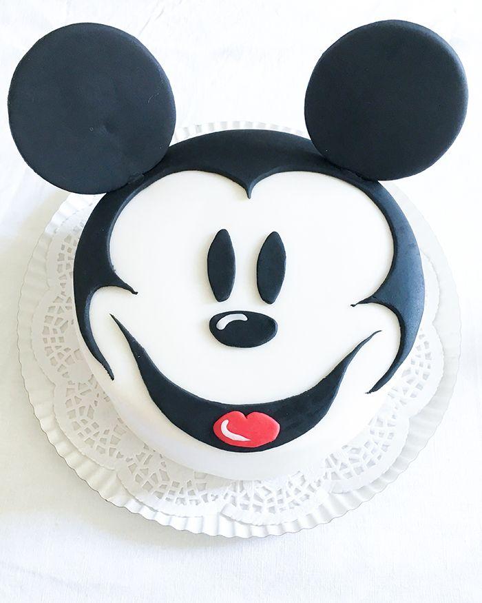 die besten 25 mickey mouse torte ideen auf pinterest mickey mouse geburtstagstorte mickey. Black Bedroom Furniture Sets. Home Design Ideas