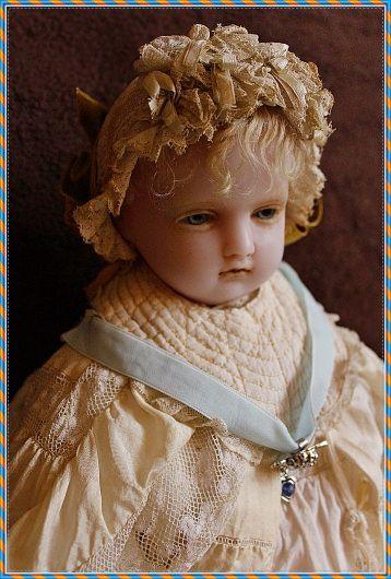 https://flic.kr/p/Dn1VMF   Pierotti , antique wax doll   - antike Wachspuppe um 1880 - London, Pierotti - 54cm - Originalkleidung - Sammlung Lommel