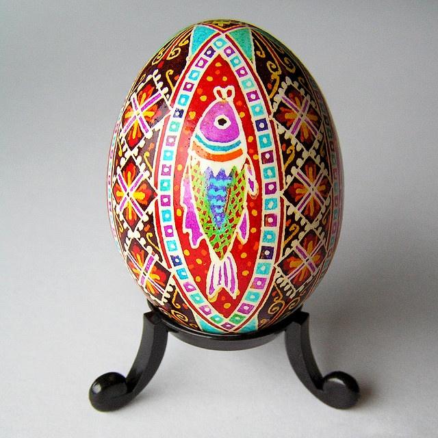 Pysanka -> Ukrainian egg painting