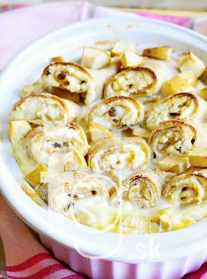 Zapečené palačinky s tvarohem a jablky