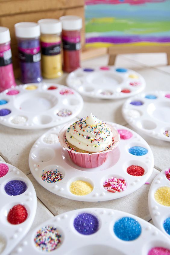 What a cute idea for a children's birthday party! A cupcake decorating station. What a fun activity and tasty treat!