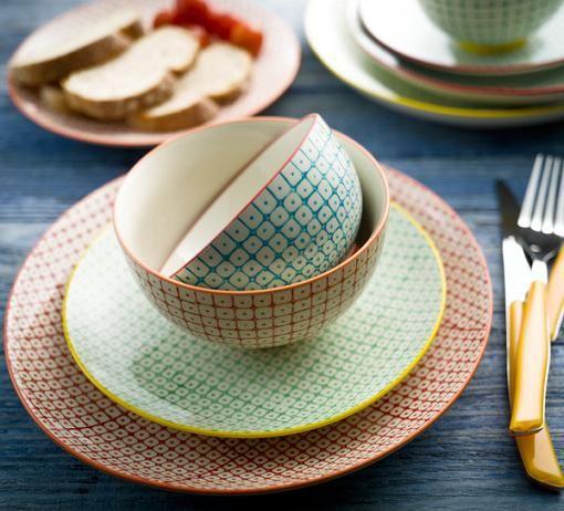 Vajillas baratas y modernas en El Corte Inglés. Encuentra vajillas completas y platos sueltos al mejor precio y con las nuevas tendencias para tu mesa del día a día.