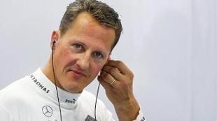 Il 29 dicembre 2013 il sette volte campione del mondo di Formula 1 finiva in coma dopo aver sbattuto la testa su una roccia in un fuoripista. Curato nell'ospedale di Grenoble e poi in una clinica a Losanna, è tornato a casa dove continua la sua battaglia per tornare alla normalità