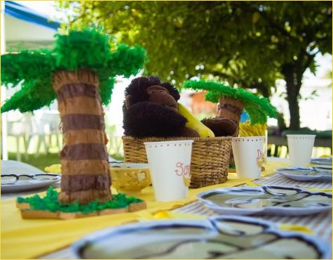 Great Jungle Party Table