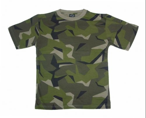 Swedish camouflage t-shirt; still love the ole camo.
