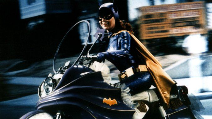 Yvonne Craig Dead: Batgirl of 1960s TV Was 78 - Hollywood Reporter