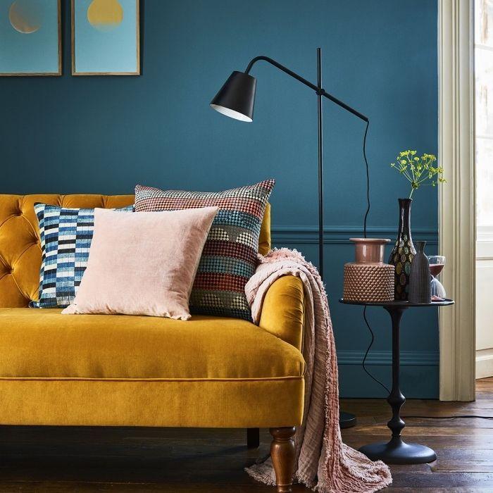 1001 Secrets Pour Reussir La Deco Jaune Moutarde Deco Jaune Canape Jaune Deco Avec Canape Jaune