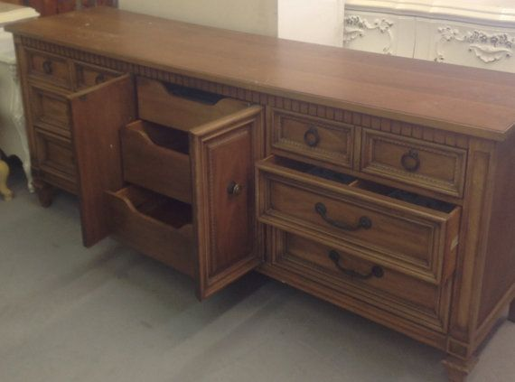 1000 Ideas About Vintage Dressing Tables On Pinterest Dressing Tables Vintage Vanity And