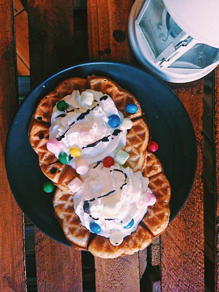 Waffles in Somnium Cafe Bar Cracow / Gofry w Somnium Cafe Bar w Krakowie   #somniumcafebarcracow  https://m.facebook.com/SomniumCafeBarCracow/