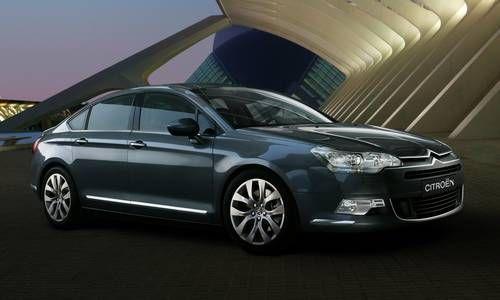#Citroën #C5. El sedán con líneas aérodinámicas, carrocería potente, curvas elegantes.