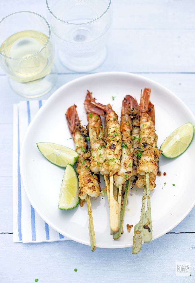 hot chili, garlic and lemongrass marinated grilled shrimps www.pane-burro.blogspot.it
