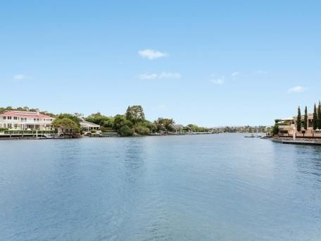 15 Wallaby Place, Sorrento for sale $1,450.000 (use for comparable)