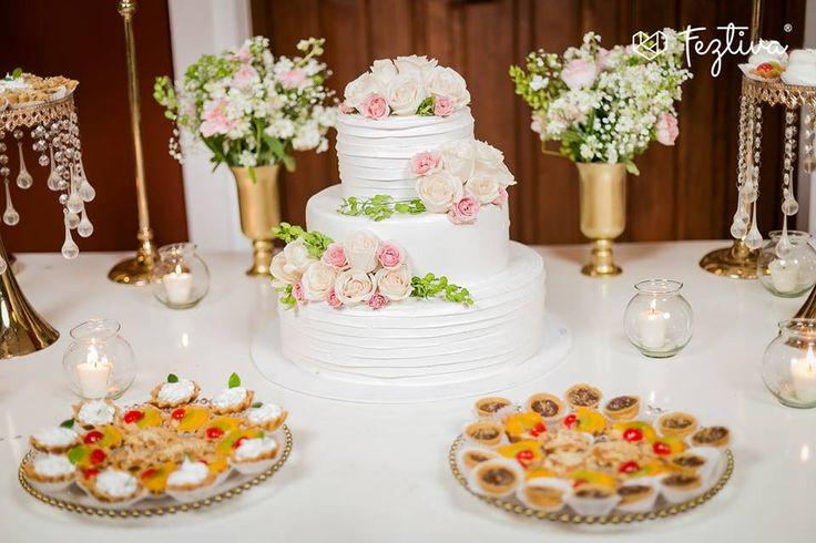 Boda de Argelia Castellanos & Carlos Medina  Fotografias para la revista Feztiva.- Armando HDZ Fotografia  Pastel de utilería y barra de postres.- Lavalles Pasteleria  #wedding #boda #bride #novia #weddingday #Merida #Yucatan #Mexico